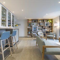 Club Papillon et sa bibliothèque Hôtel la Villa Douce - Golfe de St Tropez