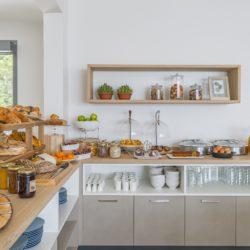 Hôtel 4 étoiles La Villa Douce - Saint Tropez - Club Papillon buffet petit déjeuner 5