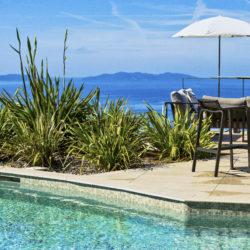 Hôtel 4 étoiles La Villa Douce - Saint Tropez - Piscine vue canapé