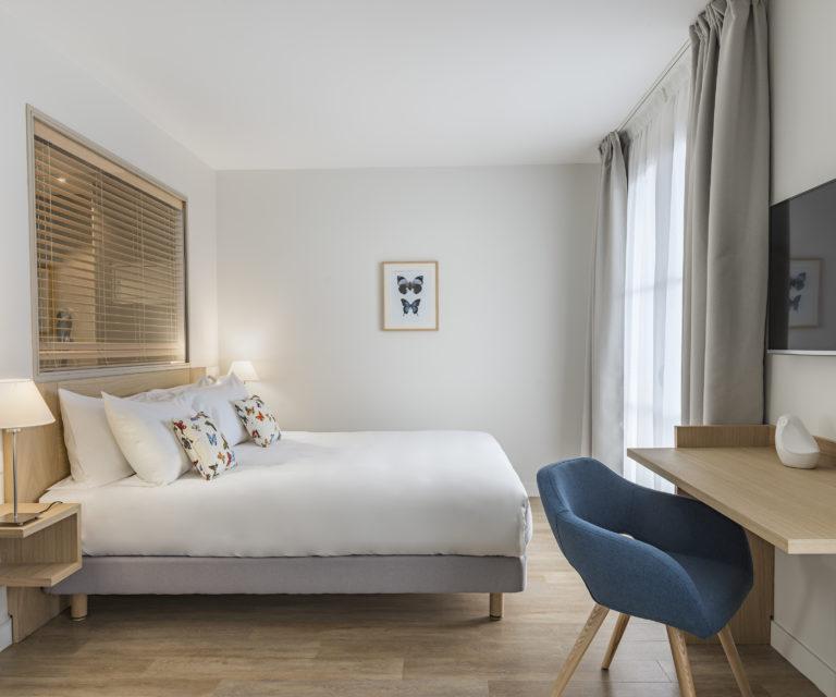Lit - Suite junior - Face à la mer - Hôtel La Villa Douce - Hôtel 4 étoiles -Golfe de Saint Tropez