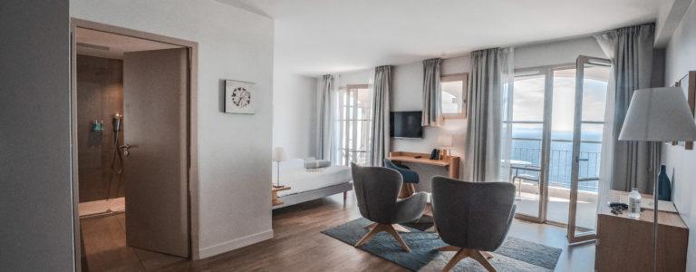 Hotel 4 etoiles La Villa Douce - Saint Tropez - Suite junior 302 salon 2