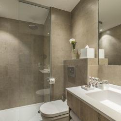 Chambre standard - Salle de Bain - douche à l'italienne -Hôtel la Villa Douce - Hôtel 4 étoiles - Golfe de St Tropez